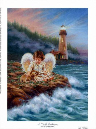 image d'une très belle peinture, d'un ange agenouillé sur les rocher au bord d'une mer déhainée, caressant un petit chiot pour le rassurer. Derrière l'ange, la lumière d'un phare éclaire le ciel, guidant les voyageurs, et trouant la brume s'élevant d'une sombre et haute forêt de cèdres ou de sapins.